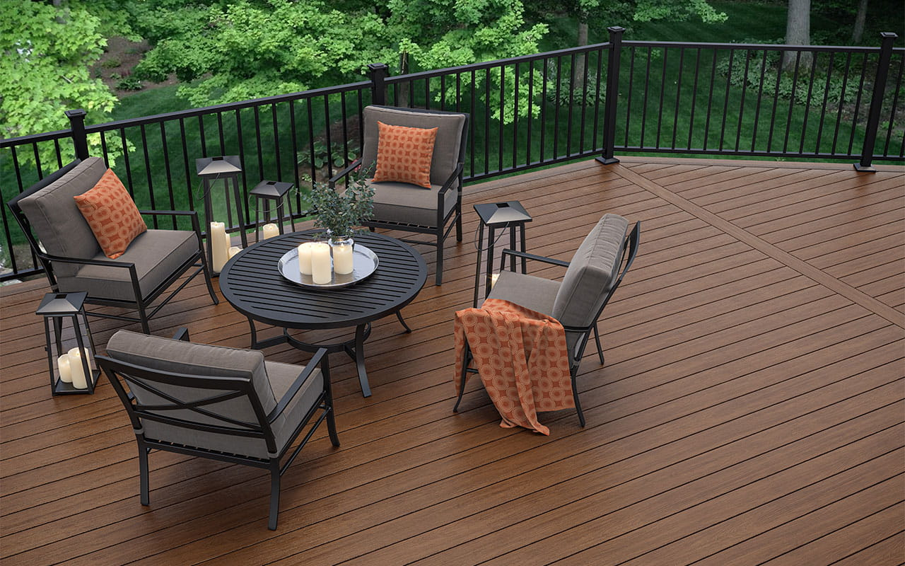 Trailhead Decking in Pathway with ALX Contemporary Railing in Matte Black and Luna Post Caps in Black