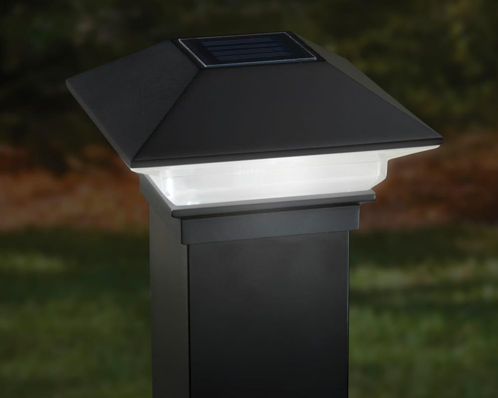 Residential Solar Light Post: ALX Classic Solar Post Cap